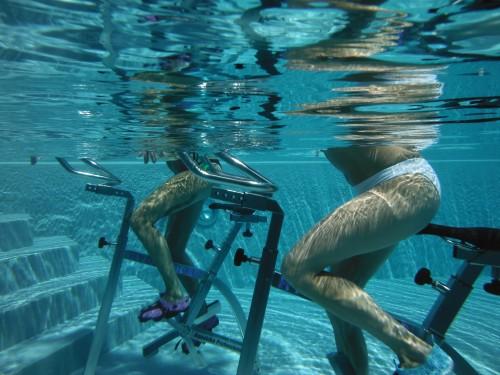 Quels sont les bienfaits de l'aquabiking à domicile ?